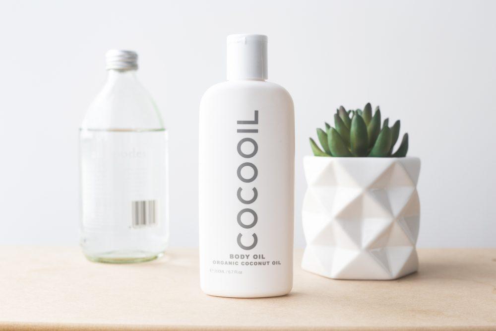 Догляд за шкірою за допомогою кокосової олії