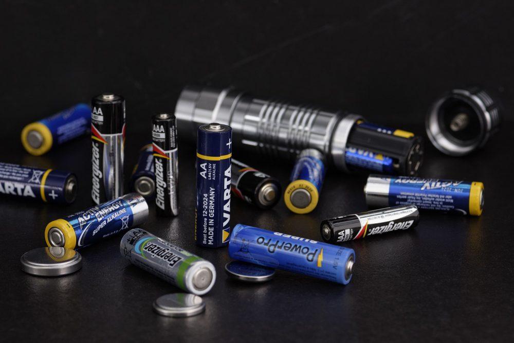 Батарейки для фонарика