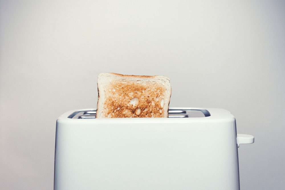 Хліб в тостері