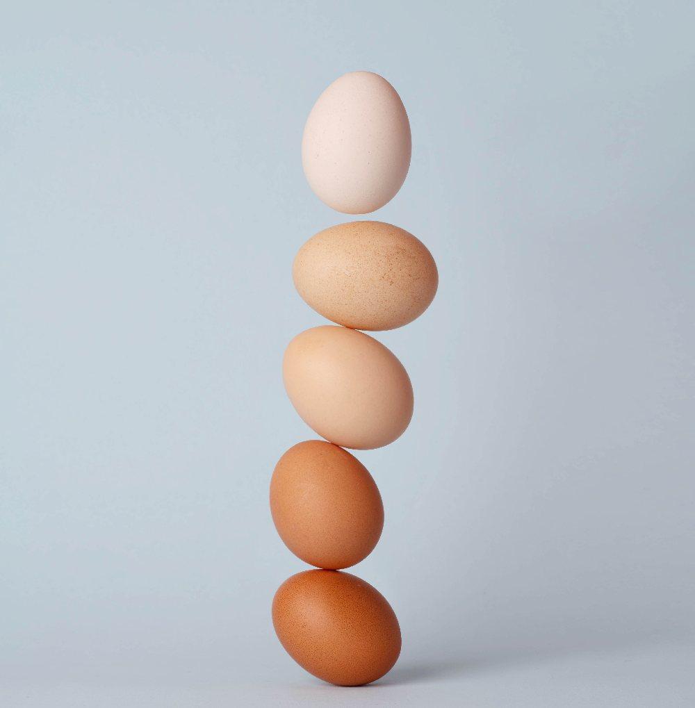 Яйца разных цветов