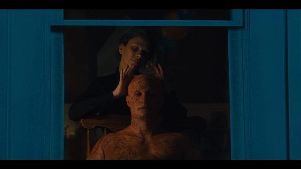 """Жутковатый кадр из фильма """"Книги крови"""""""
