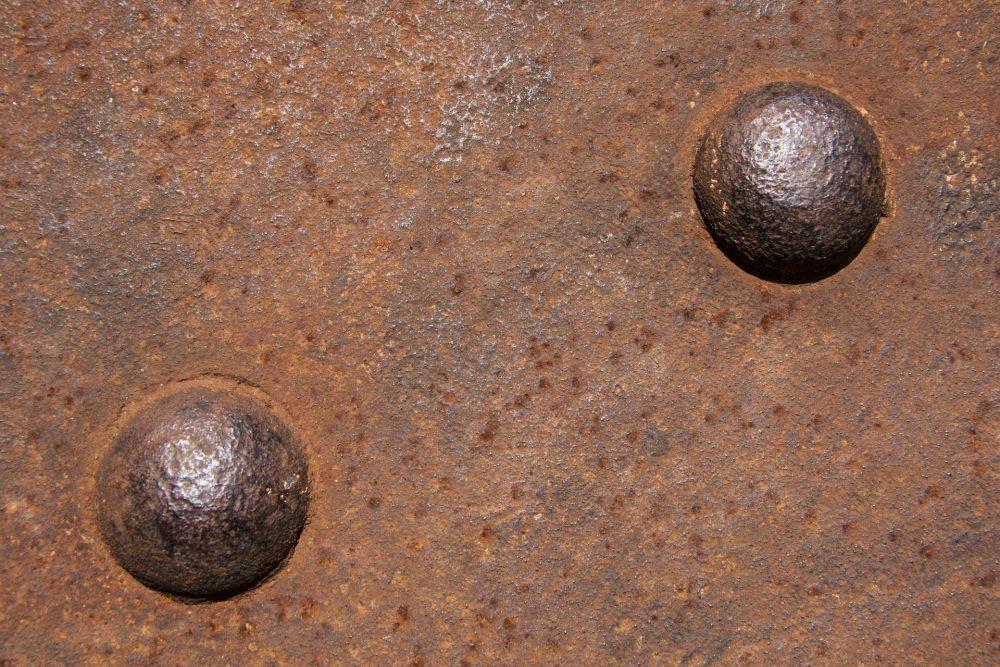 Удаление ржавчины с металлических поверхностей