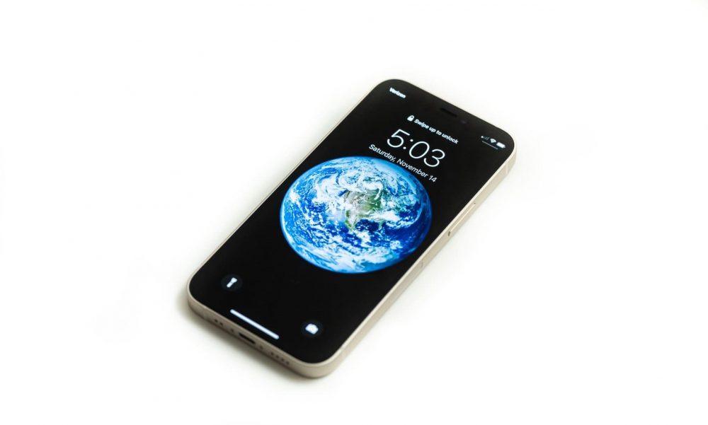Фото iPhone 12 mini