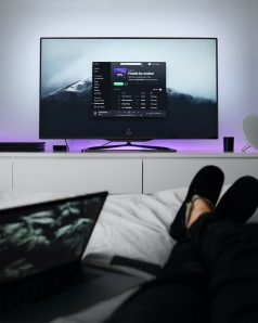 Як підключити телефон до телевізора через HDMI
