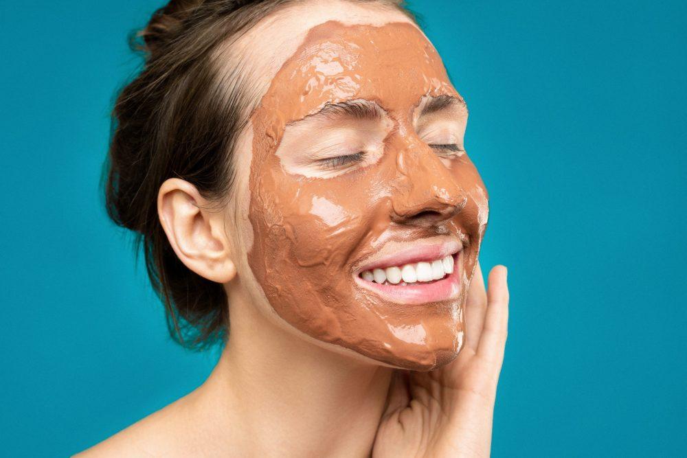 Взимку суха шкіра обличчя: що робити