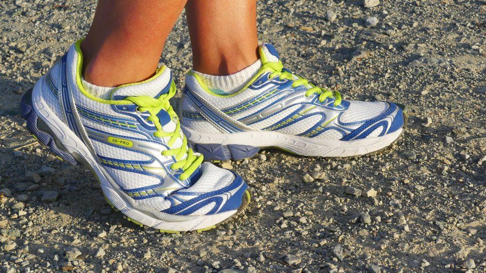 Як вибрати жіночі кросівки