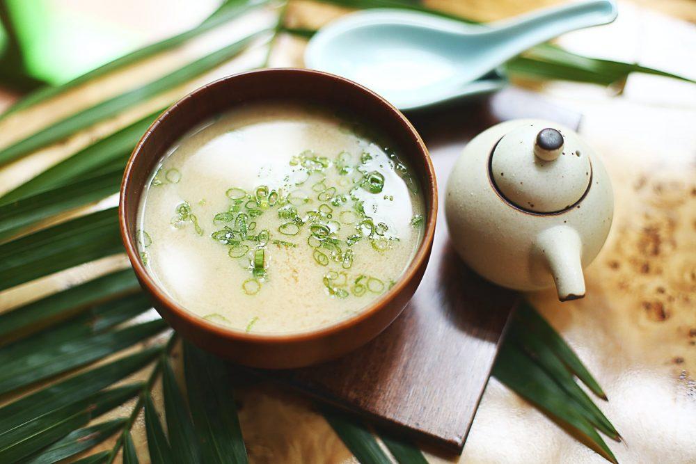 Вегетарианский суп с зеленым горошком