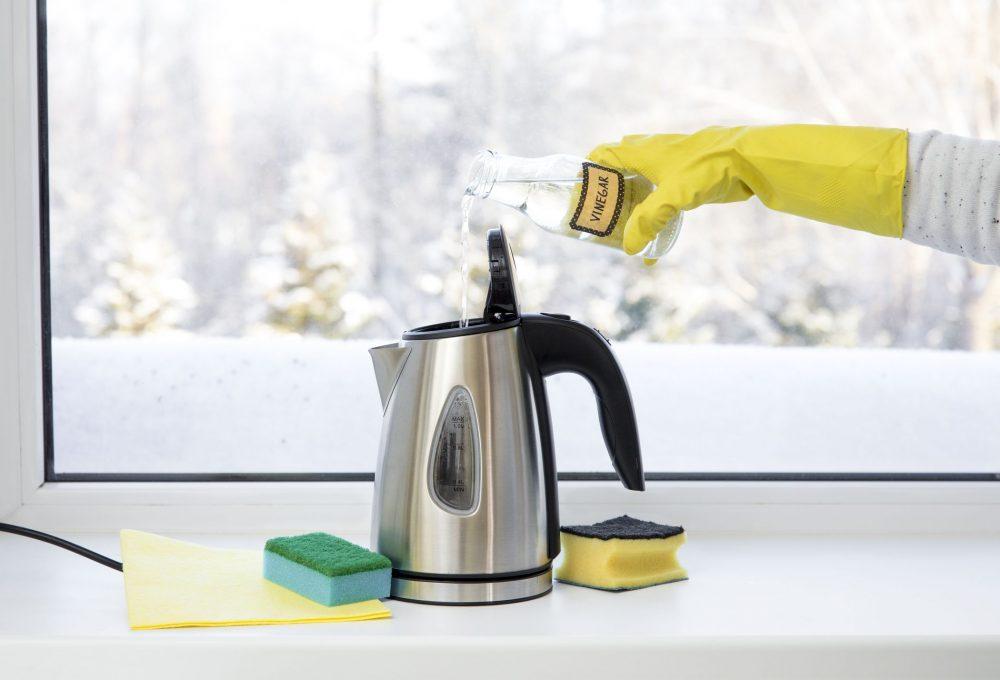 Як почистити чайник лимонною кислотою