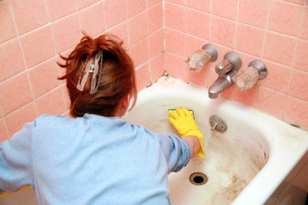 Як прибрати жовтизну у ванній