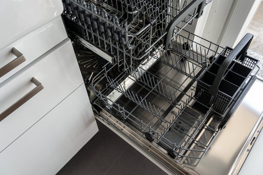 Плюси посудомийних машин