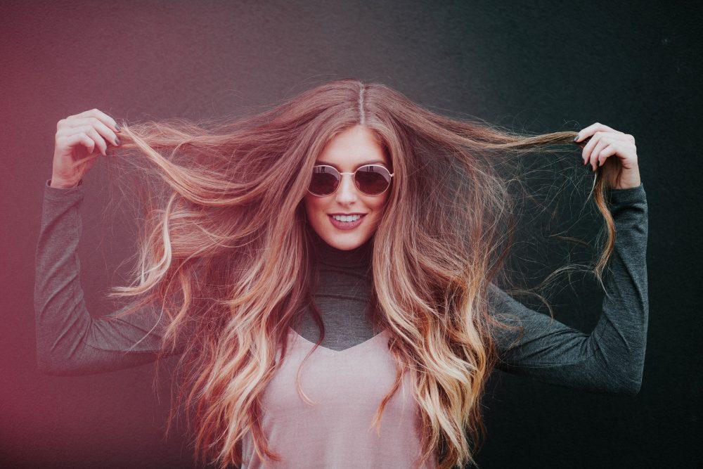 Випрямляч для вирівнювання волосся