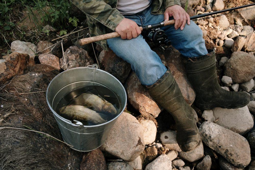 Какой эхолот для рыбалки лучше