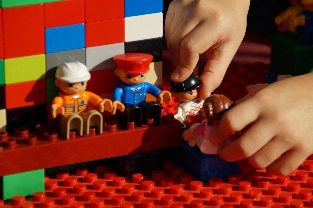 Строим из Лего