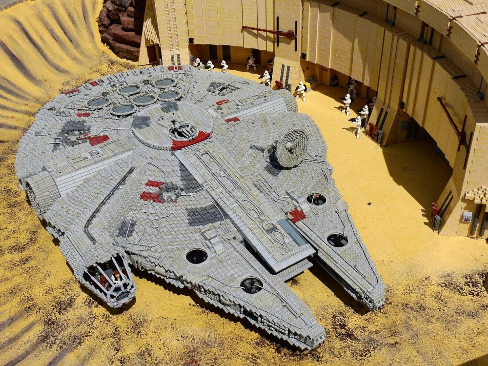 Самый большой конструктор Лего