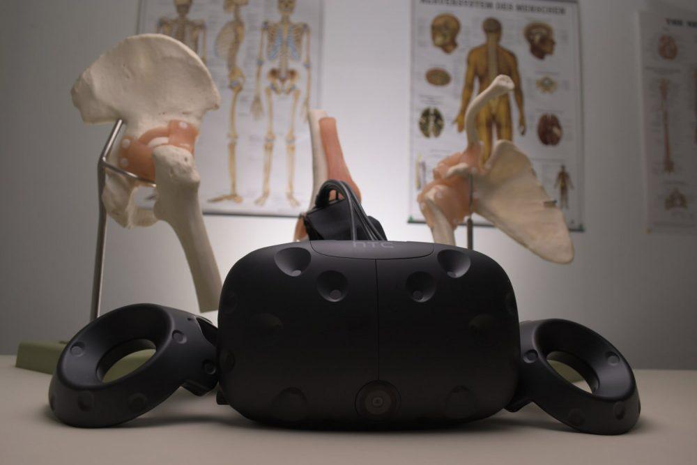Шолом VR від HTC