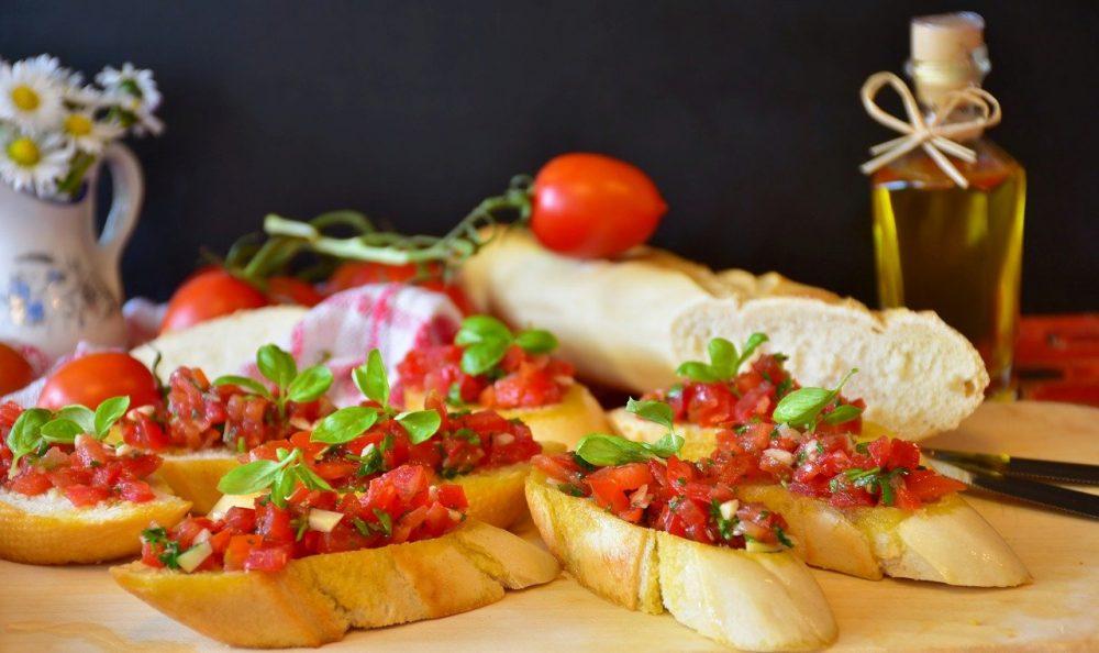 Вкусные бутерброды к зеленому борщу