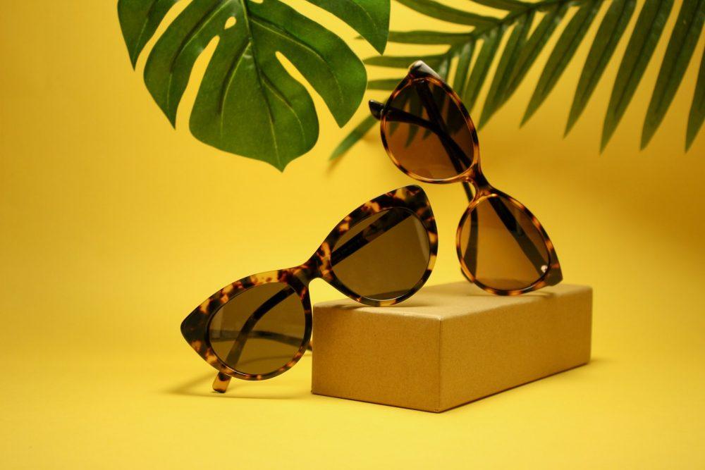 Сонцезахисні окуляри для грушоподібного обличчя