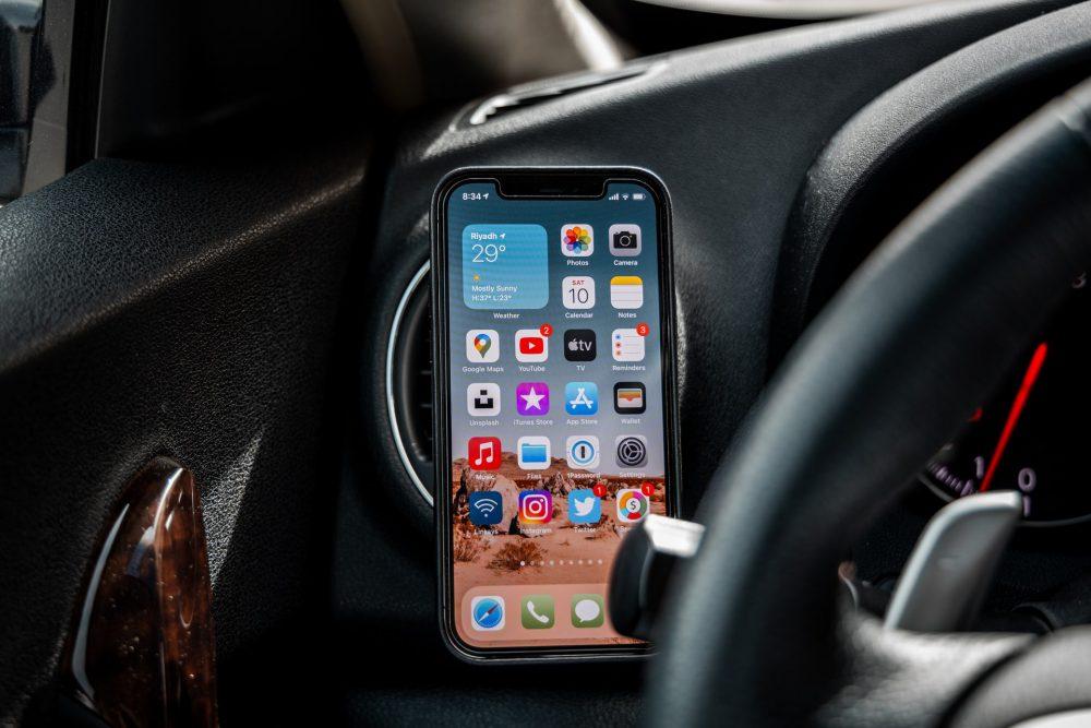 Лучший держатель для телефона в машину
