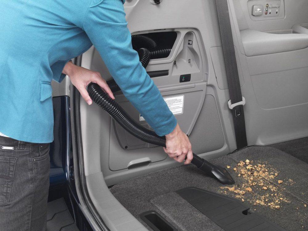 Лучшие автомобильные пылесосы